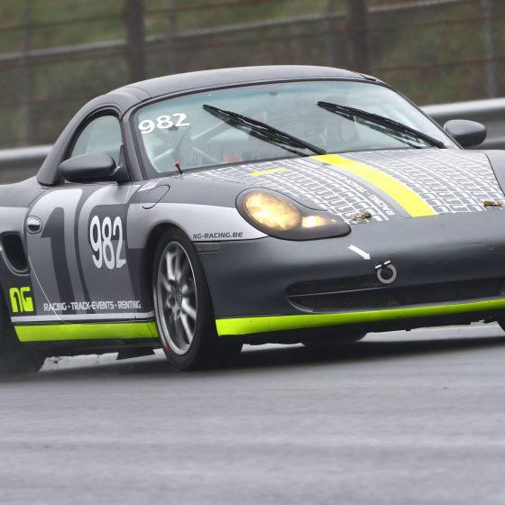 grey car race circuit