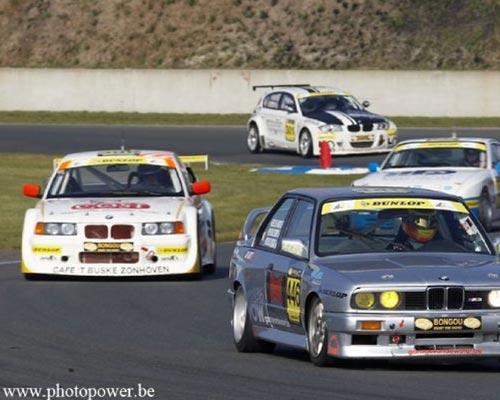 cars race circuit